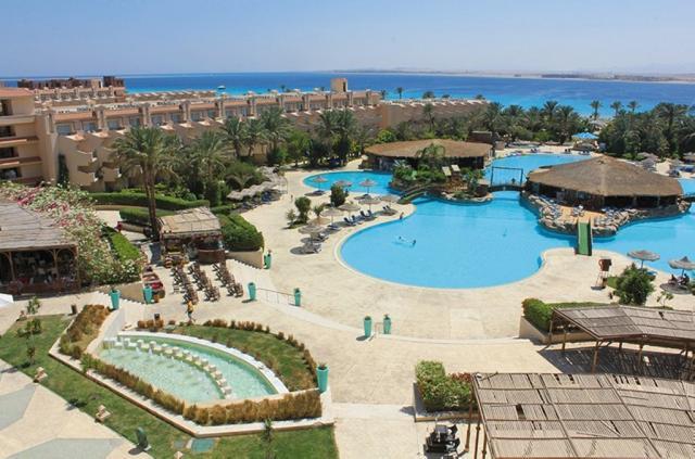 Dessole Pyramisa Beach Resort