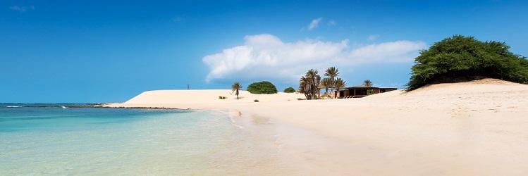 Exotická pláž na Kapverdách