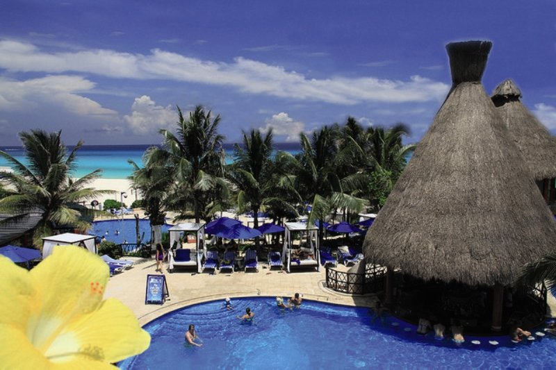 Hotel The Reef Playacar