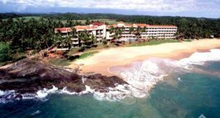 Hotel Induruwa Beach Resort