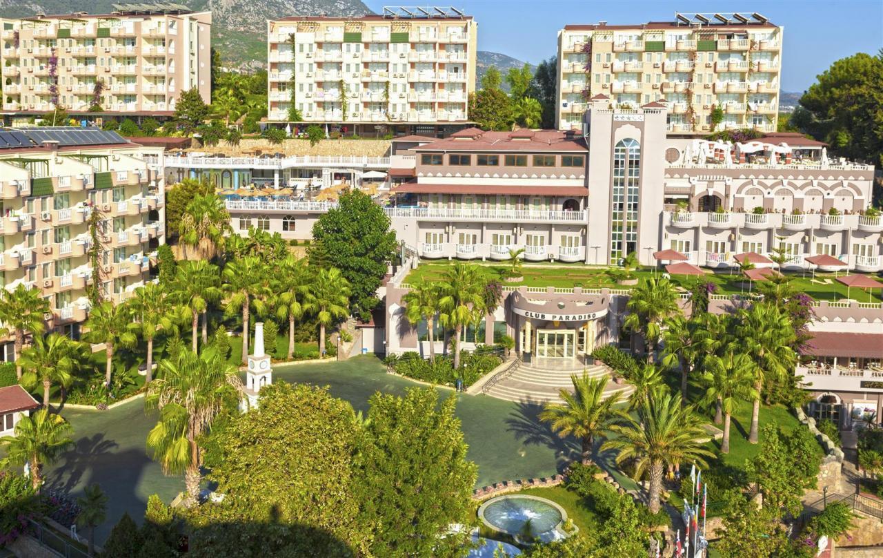 Hotel Club Paradiso Hotel
