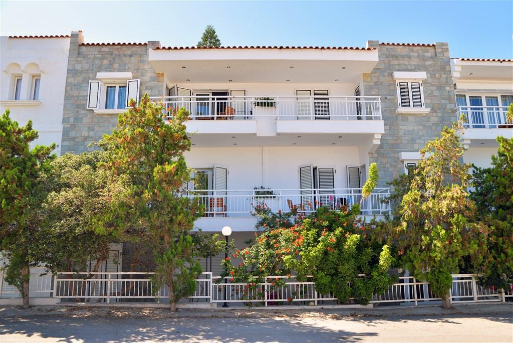 Anna Aparthotel