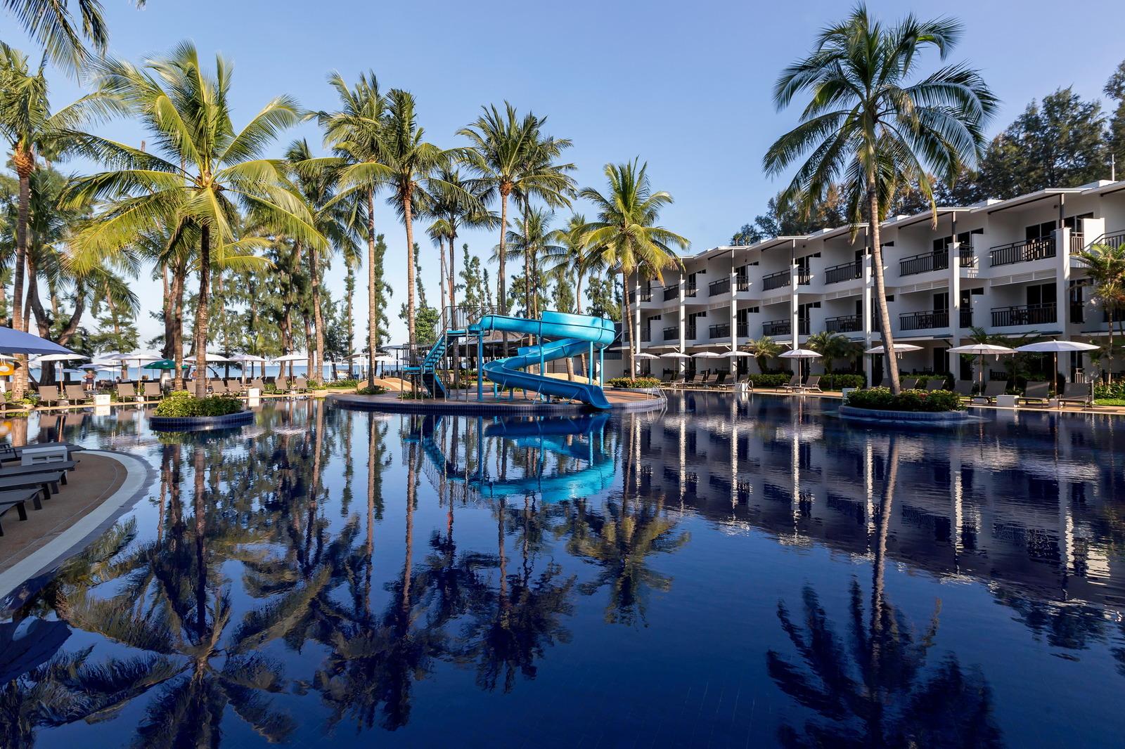 Sunwing Resort and Spa Bangtao Beach