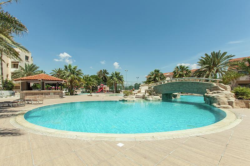 Hotel Crown Resorts Henipa