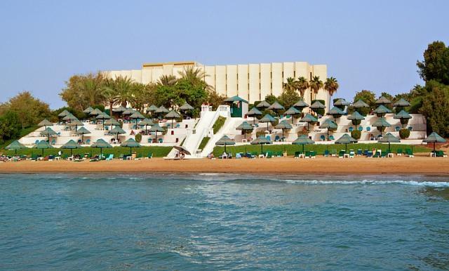 Bin Majid Beach Hotel Snídaně