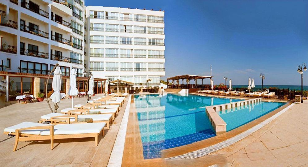 Ada Beach Hotel - student agency