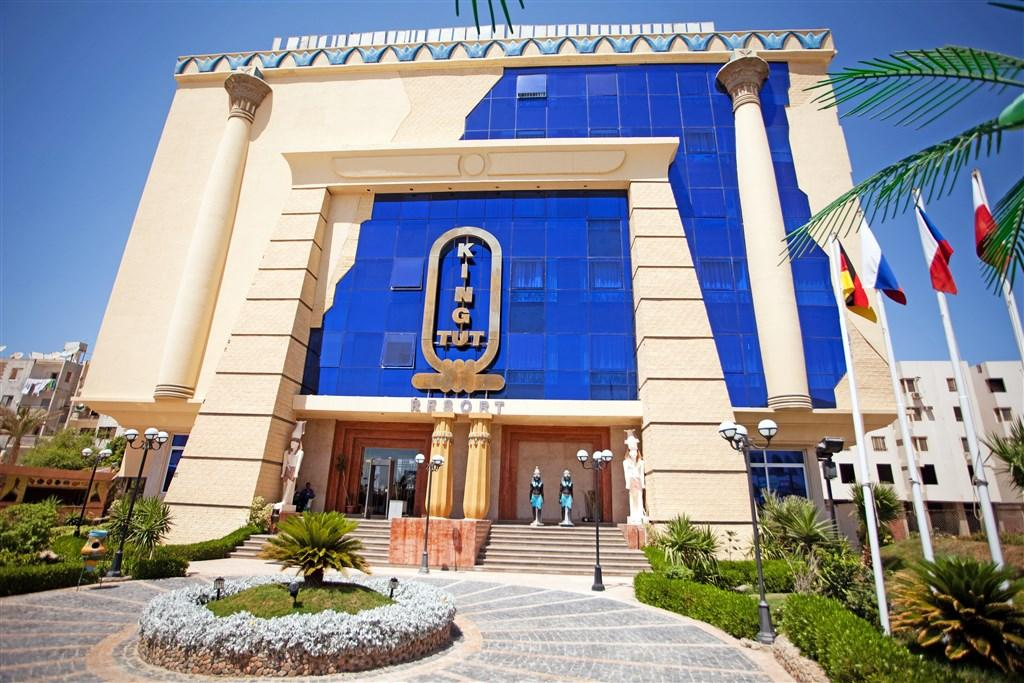 King Tut Aqua Park - student agency