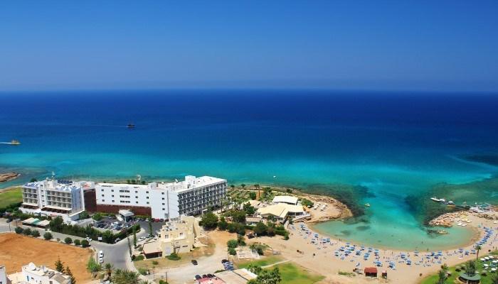Hotel Pernera Beach - luxusní dovolená