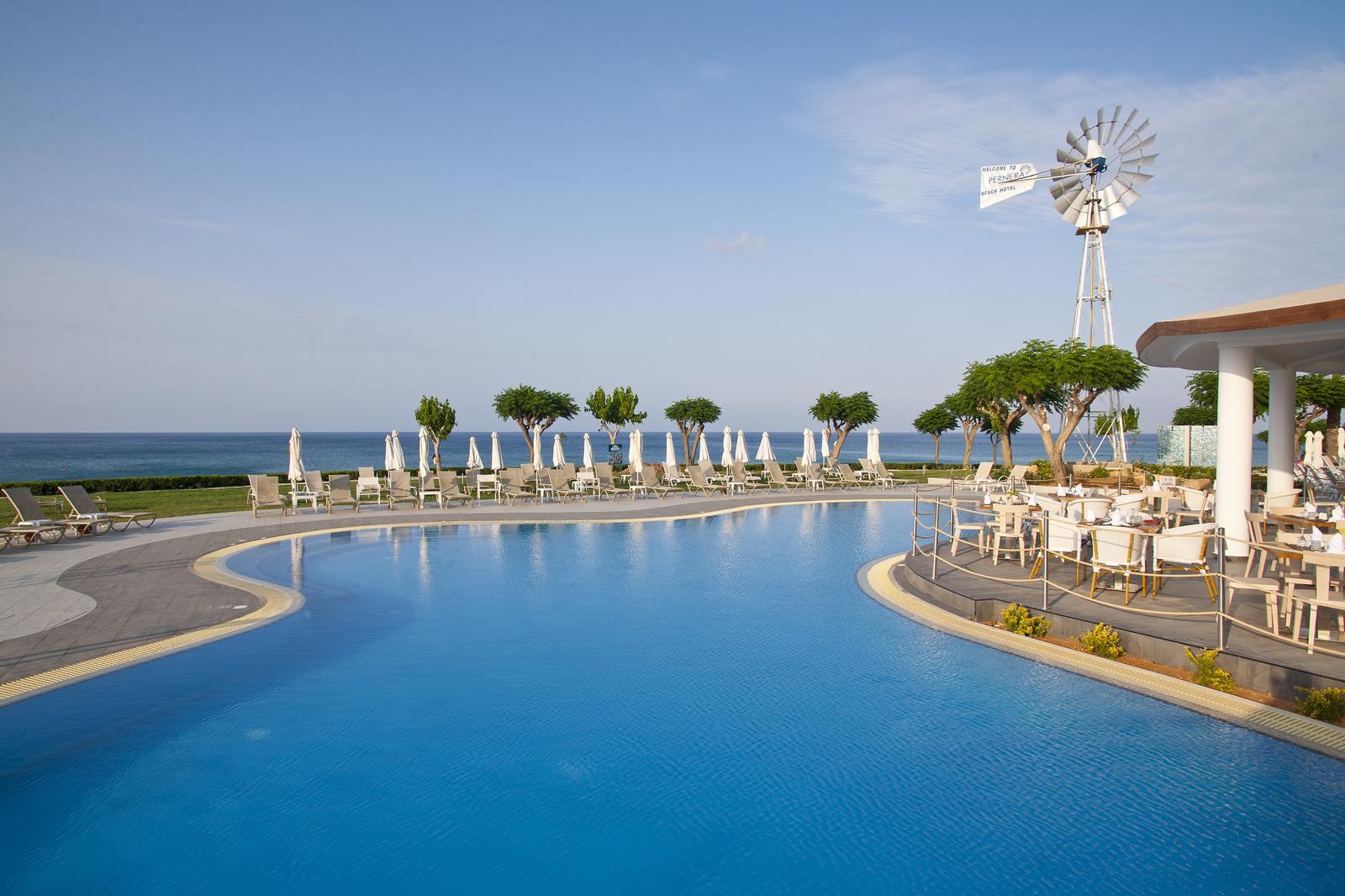 Hotel Pernera Beach