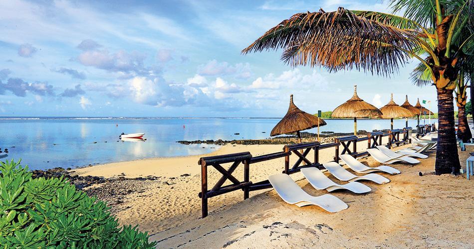 Le Peninsula Bay Beach Resort & Spa