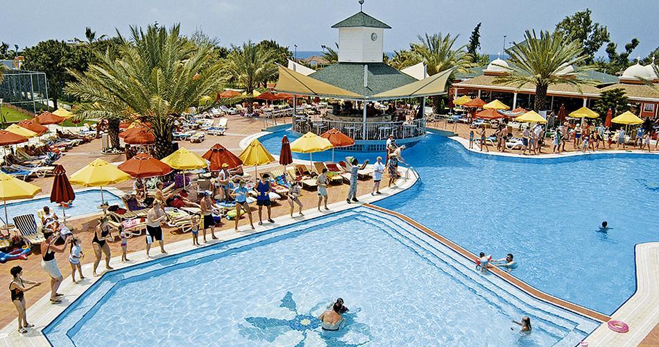 Insula Resort And Spa Hotel