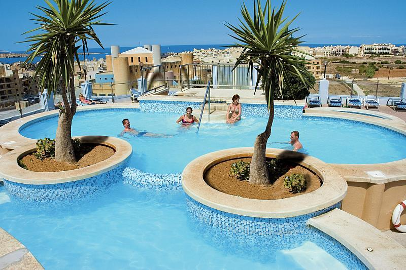 Hotel Sunflower - Malta pro seniory 55+ - v dubnu