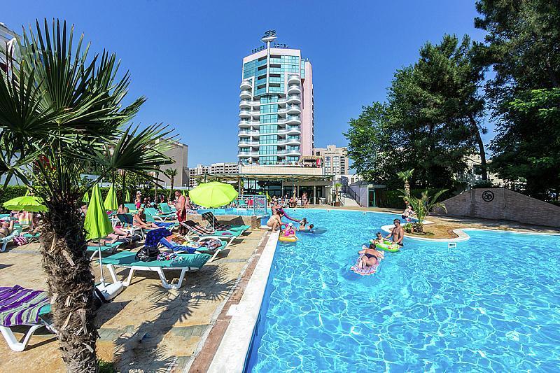 Grand Hotel Sunny Beach - na pláži