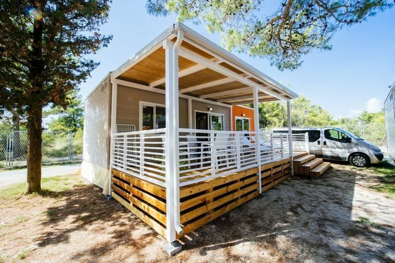 Zaton Holiday Resort - mobilní domky