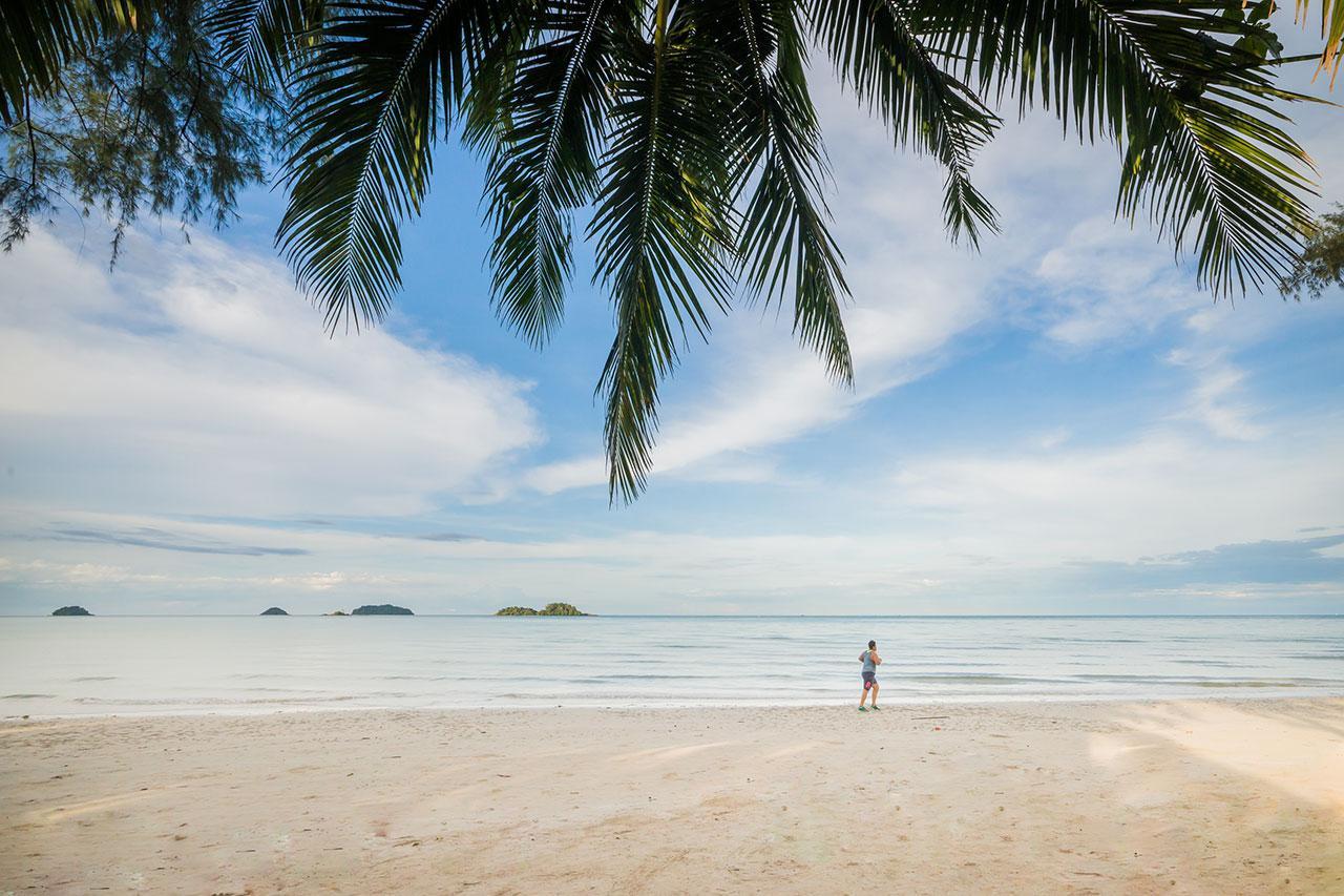 Kombinace - Barali Beach / Bangkok Palace