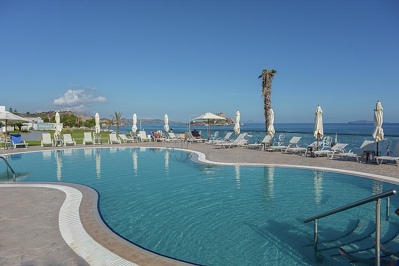 Royal Bay Hotel