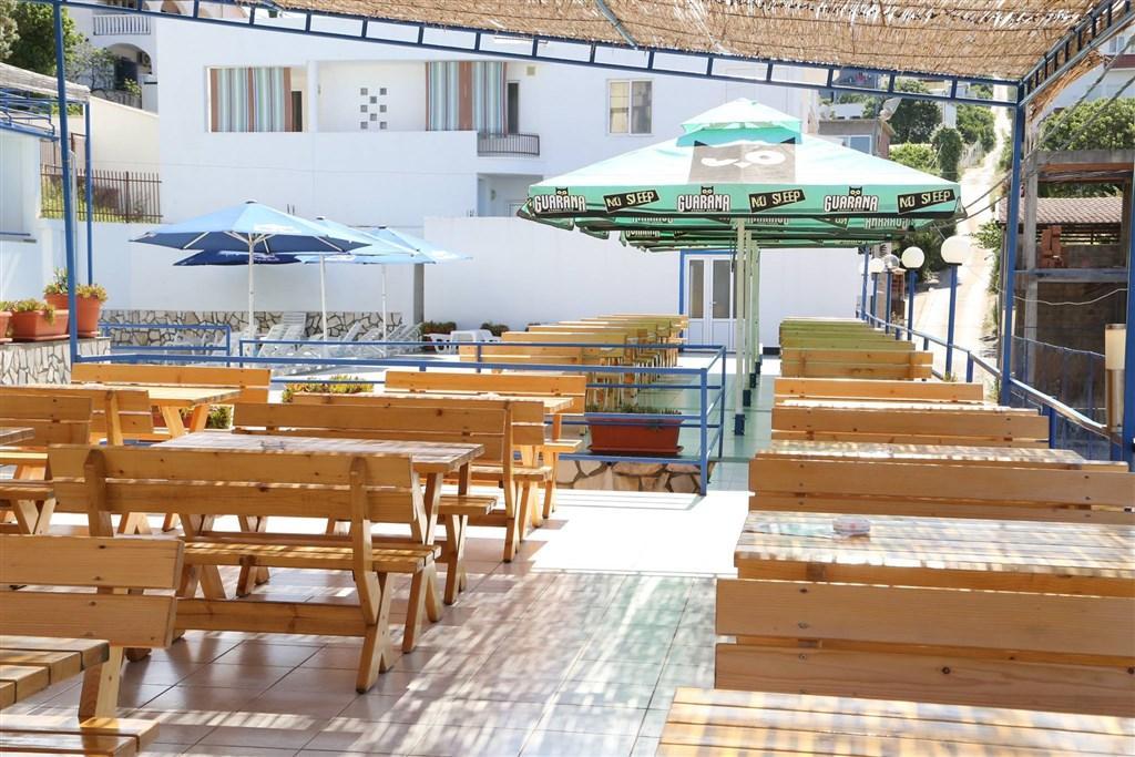 Hotel El Mar Club
