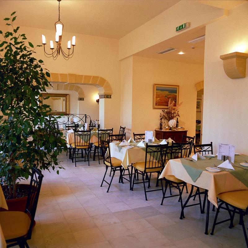 Hotel Sunflower - Malta pro seniory 55+