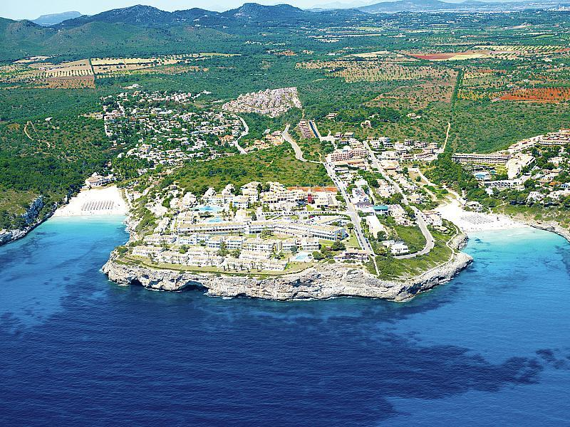 Blau Punta Reina Resort - v květnu