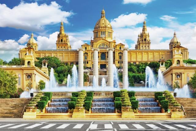 Barcelona - perla Středomoří Snídaně