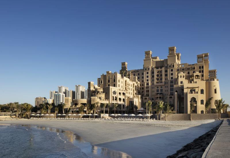 Hotel Sher. Sharjah Beach