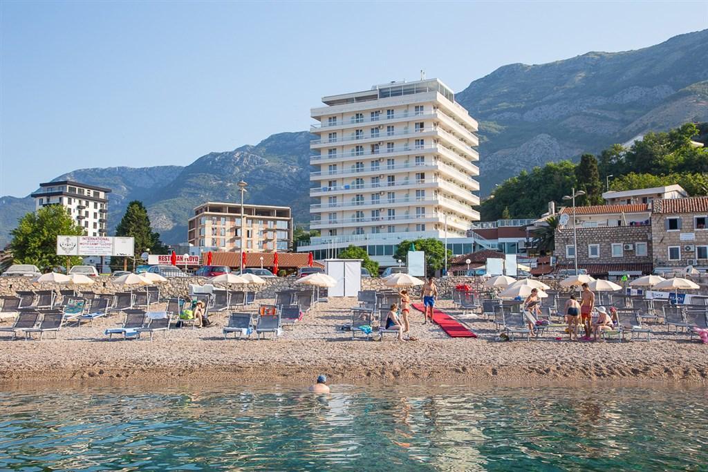 Šlágr dovolená - Hotel Sato Club - Dotované pobyty 50+ - polopenze