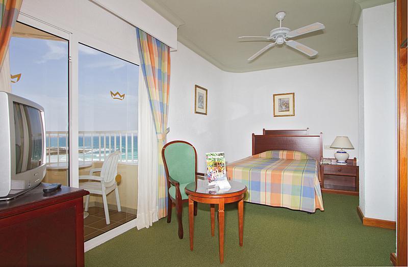 Riu Oliva Beach Resort
