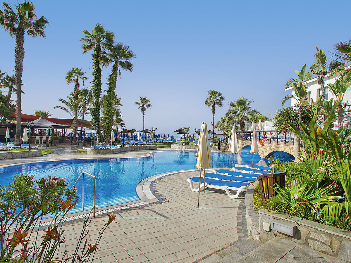 Lordos Beach Hotel & Spa