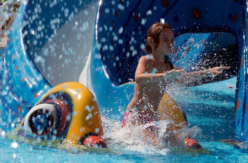 Hawaii Caesar Palace Aqua Park Resort