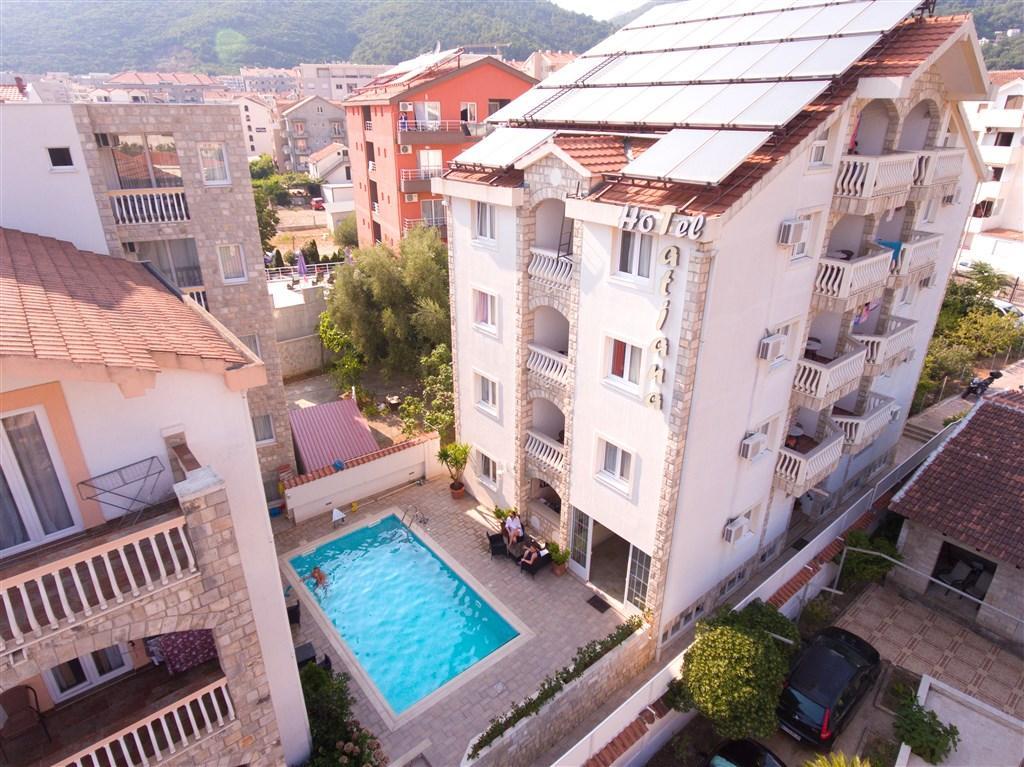 Vila Tatjana - vily