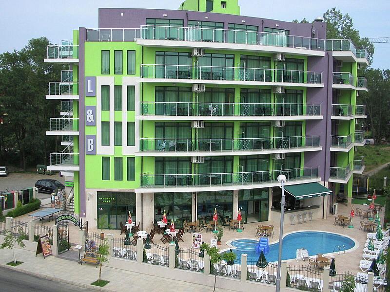 Hotel L&B - levně