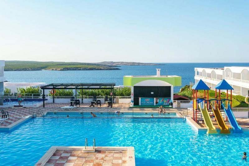 Beach Club - Last Minute Menorca