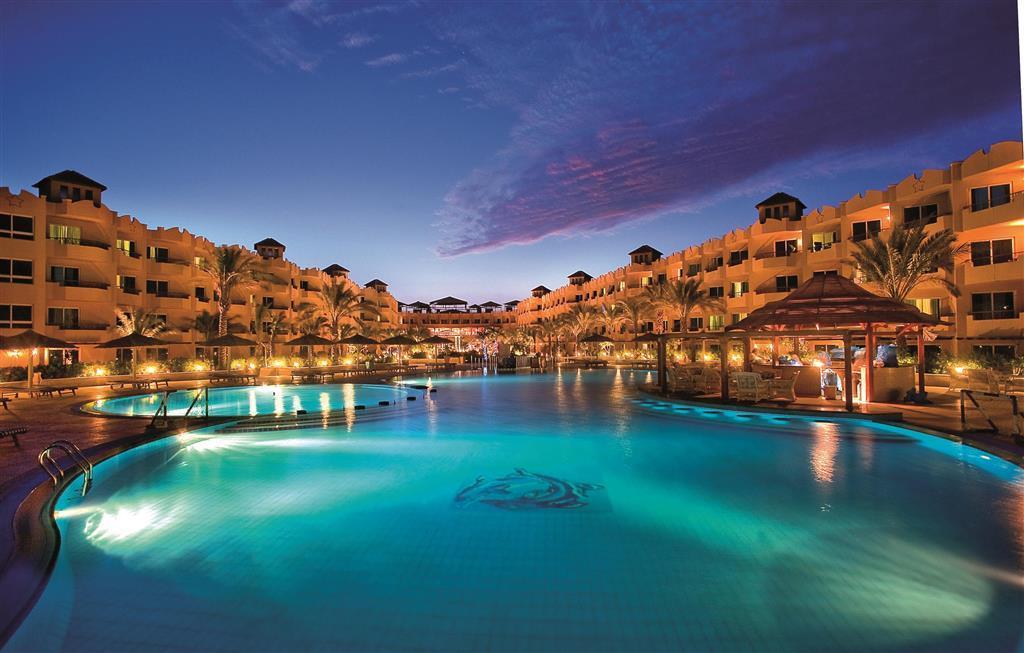 Amwaj Blue Beach Resort & Spa