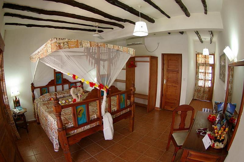 Jacaranda Beach Resort