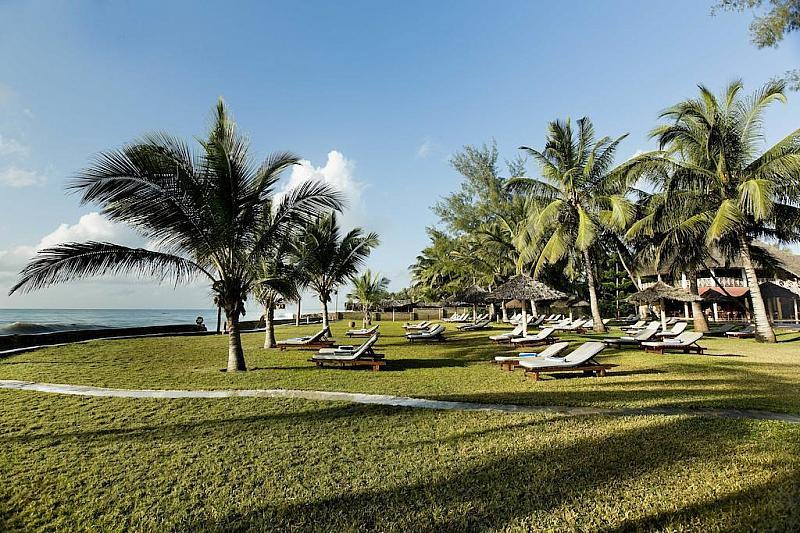 Neptune Palm Beach Boutique Resort & Spa
