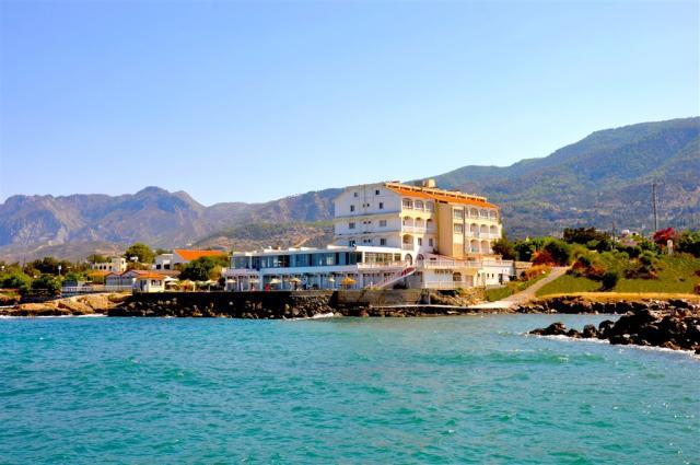 Hotel Manolya - Dotované pobyty 50+ Polopenze