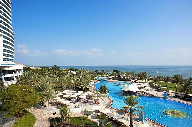 Le Meridien Al Aqah Beach Resort - na pláži