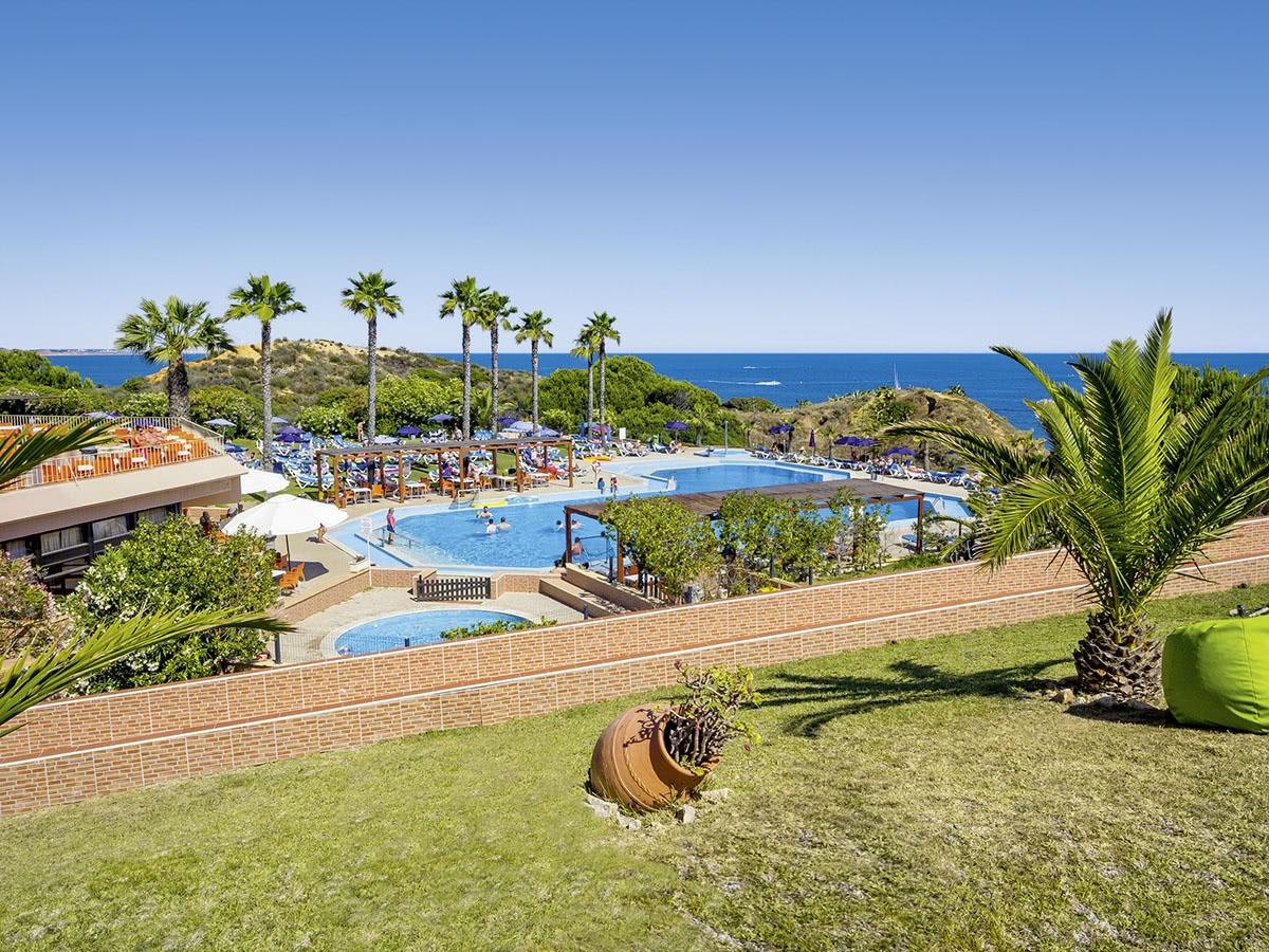Auramar Beach Club