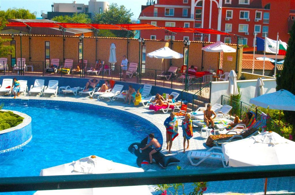 Hotel Kiparisite - Dotované pobyty 50+ - plná penze