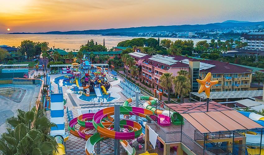 Hotel Lonicera Club&beach