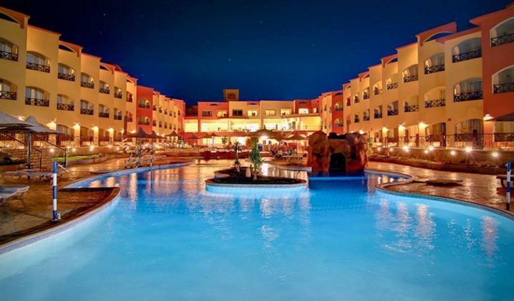 Moon Resort