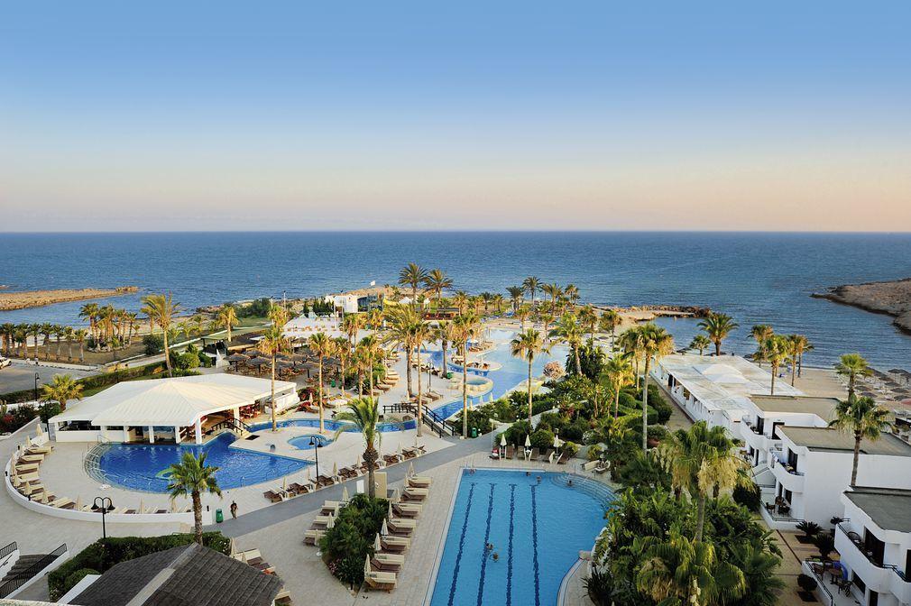 Hotel Adams Beach Hotel