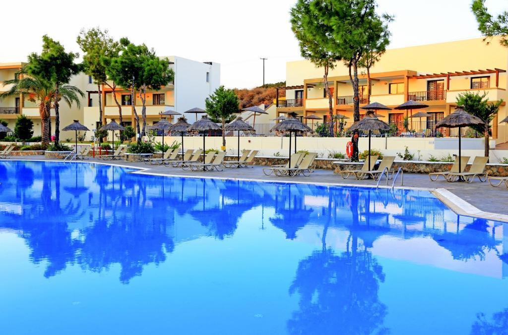 Miraluna Village & Spa