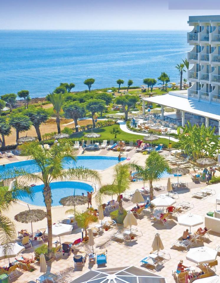 Hotel Pernera Beach - letecky all inclusive