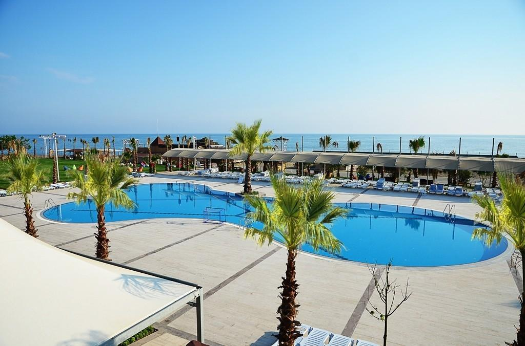 Soho Beach Club - letecky all inclusive