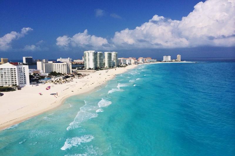 One Cancun Retro