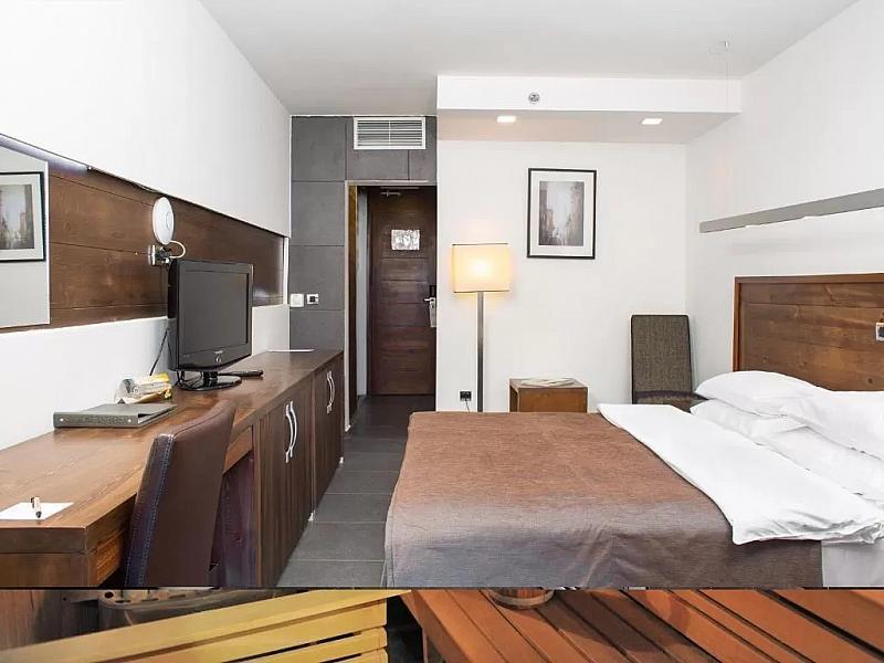 Hotel Avala Resort