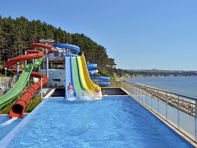 Sol Luna Bay & Mare Resort