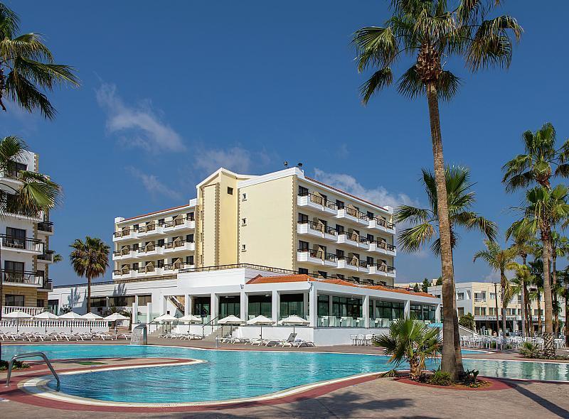 Hotel Anastasia Beach - luxusní dovolená