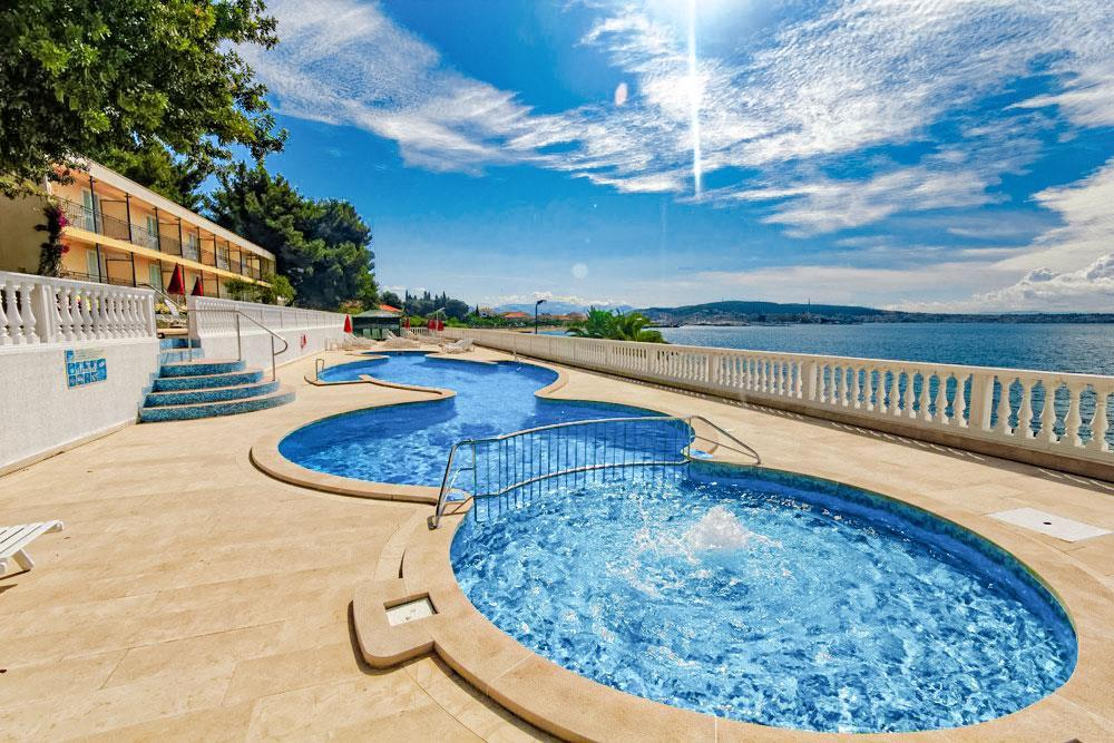 Hotel Jadran - Letecky All Inclusive